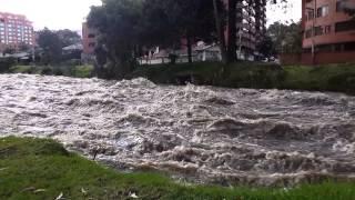 Río Tomebamba peligroso (Puertas del Sol)
