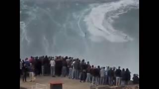 How to Super. Biggest Tsunami  Live on Camera video