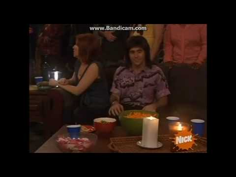 Drake and Josh- Gavin Trying To Smash Drake's Mom