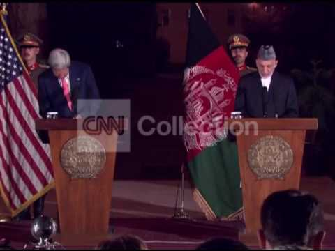 AFGHANISTAN:KERRY KARZAI PRESSER