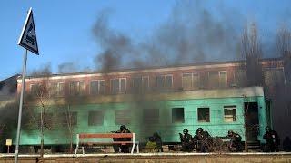 В Одессе спецназ полиции КОРД освободил захваченный поезд(В рамках учений спецподразделение полиции КОРД, освободило захваченный террористами поезд и задержали..., 2015-12-07T14:54:40.000Z)
