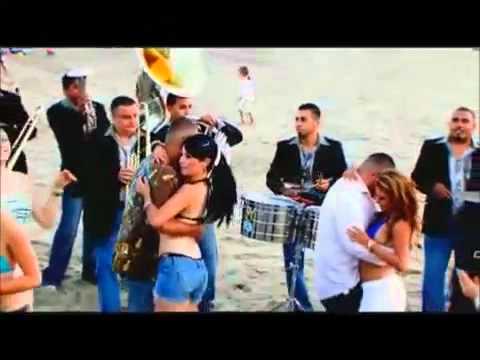 Fiesta En La Playa (Video Oficial) - El Komander