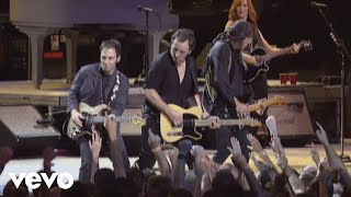 Watch Bruce Springsteen Light Of Day video