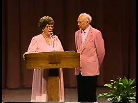 Charles and Frances Hunter 01 Healing Lakeland