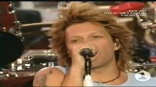 Bon Jovi - Born To Be My Baby - Live in Times Square 2003
