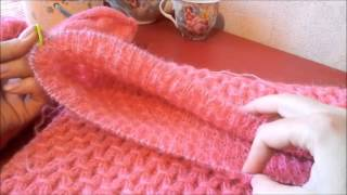 Вязание спицами.  Свитер регланом снизу.