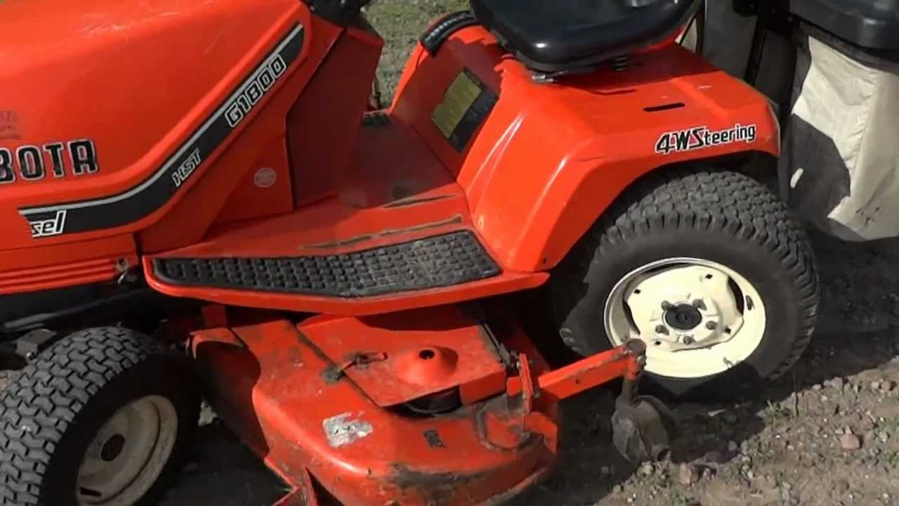 At Auction Kubota G 1800s All Wheel Steer Riding Lawn