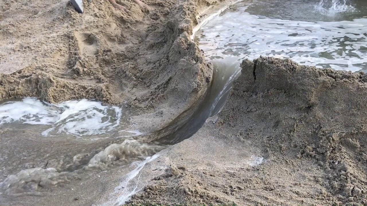 ダム崩壊、河川氾濫