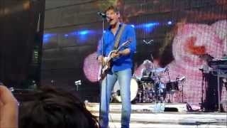 Funny moments with A-ha on stage... :-) You can comment if you want !