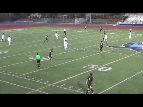 Bishop Amat BV Soccer 12 28 17 v Victor Valley