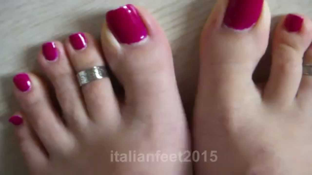 How to tell if someone has a foot fetish-9926