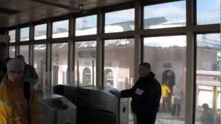Турникеты в Царицыно(С каждым годом компания РЖД и руководство российских железных дорого старается удивить своих клиентов...., 2013-03-22T06:47:57.000Z)