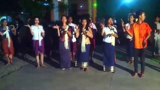 Funny Video traditional Narey khmer krom rom robam new year 2016;2017