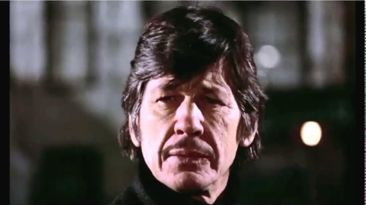 Charles Bronson Mugging Scene | Death Wish (1974) - YouTube