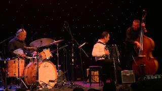 Medley valse musette: Domino -  La Foule