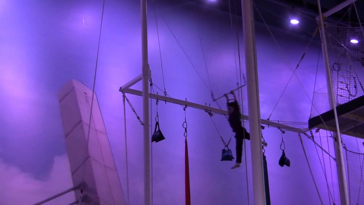 4/5/14   Dude On The Trapeze At Jordans Furniture