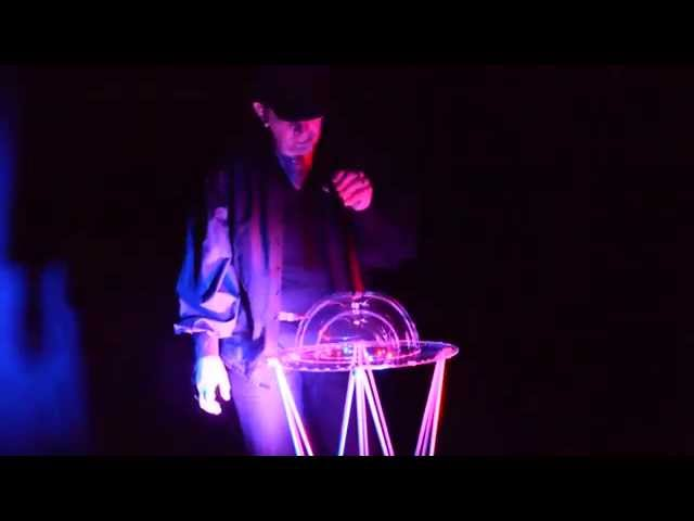 , Vidéos des spectacles magicien mentaliste, Fred Ericksen • Magicien Lyon • Conférencier mentaliste, Fred Ericksen • Magicien Lyon • Conférencier mentaliste