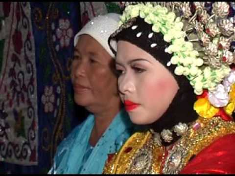 CULTURAL WEDDING CEREMONY IN INDONESIA