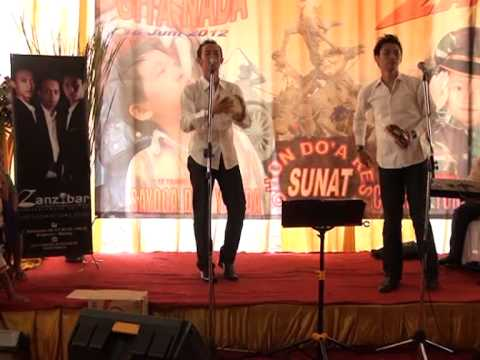 Zanzibar Malang   Lakal Basyaroh perform in tumpang malang