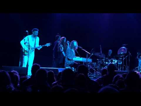 Hothouse Flowers Sweet Marie-Si Do Mhamo I-Three Sisters Barrowlands Glasgow 06 11 2015