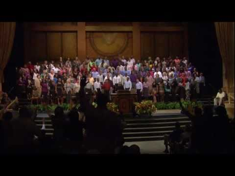 "Shara McKee singing ""Oh the Cross"" with the Brooklyn Tabernacle Choir"