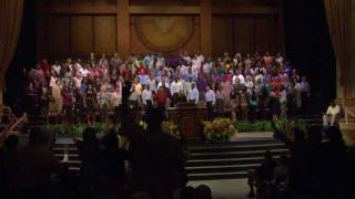 """Shara McKee singing """"Oh the Cross"""" with the Brooklyn Tabernacle Choir"""
