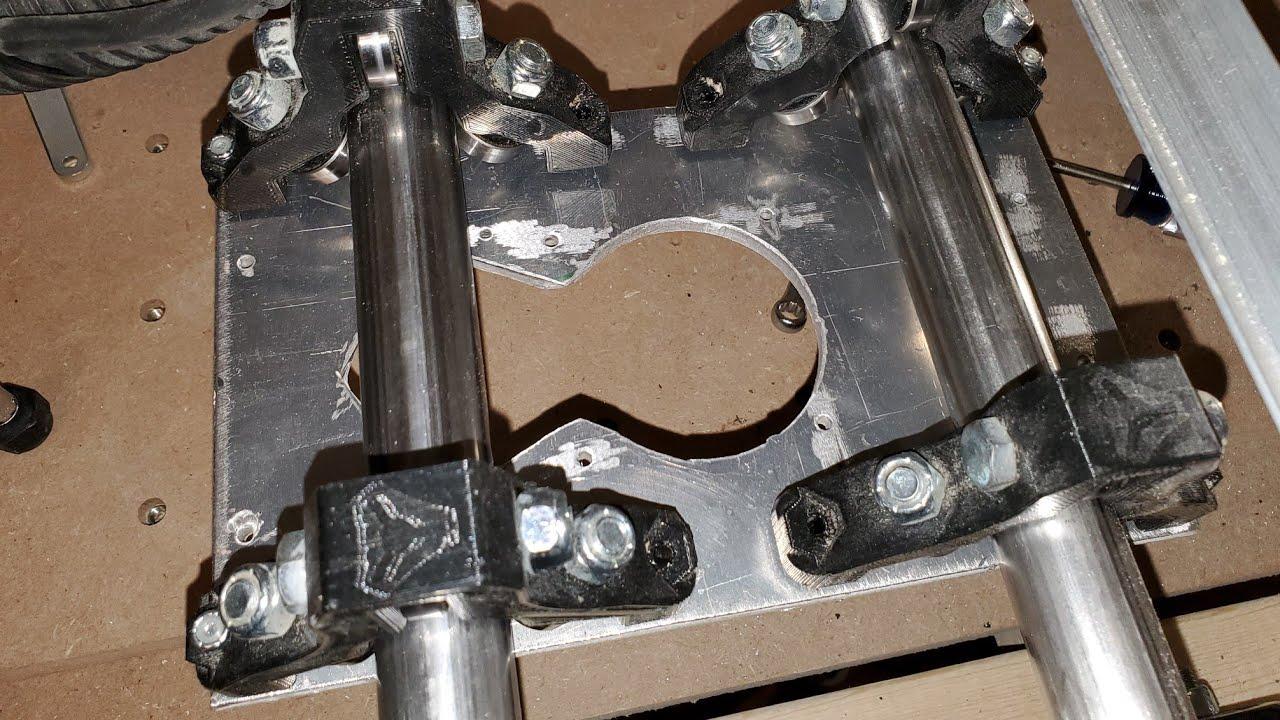 LowRider2 Milling ¼` aluminium DeWalt 611 plate