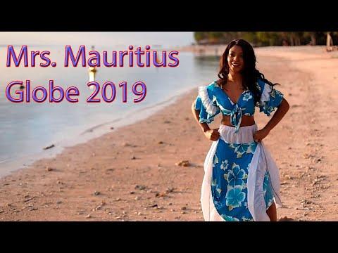 Mrs. Mauritius Globe 2019 - Dr.  Carine Ferreira