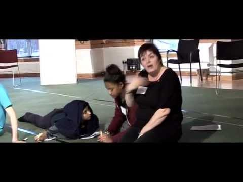Teaching Shakespeare | Introducing Iambic Pentameter |Royal Shakespeare Company