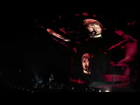 Ed Sheeran - Perfect Live in Malaysia 2017