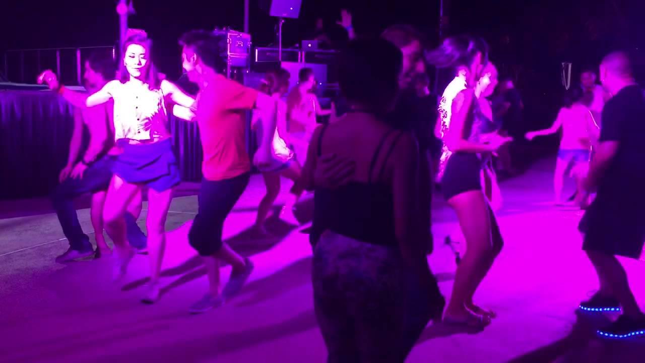 Salsa Social - Adam & Sao Mai at DWF beach party 2015