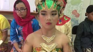 Download Video Fashion Show Baju Daerah || Hari Kartini || Baju Dodotan Solo || SD Pangudi Luhur MP3 3GP MP4