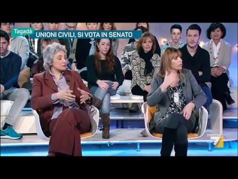 Utero in affitto, Paola Concia lascia lo studio. A. Mussolini: 'Appena parlo la gente se ne va'