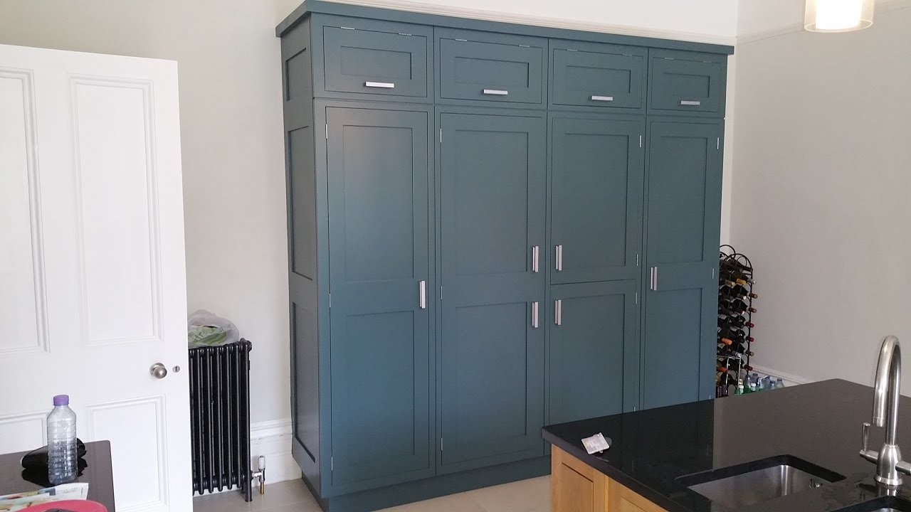 INCHYRA BLUE no 289 FB 10  matt Spraying oak wardrobe