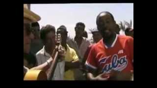 El Gallo y Candido Fabre - Improvisación de Candido - Cuba Feliz