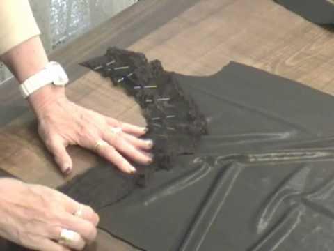 cuciamo l'abito con un unica spallina:corso taglio e cucito Sitam
