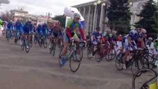 Старт велогонки Гран При Сочи(, 2013-04-03T07:13:38.000Z)