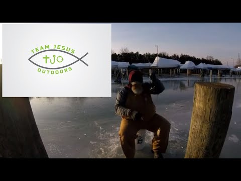 First ICE Lk St  Clair Canals /  Ice Fishing 12 20 2019 On LSC Canals