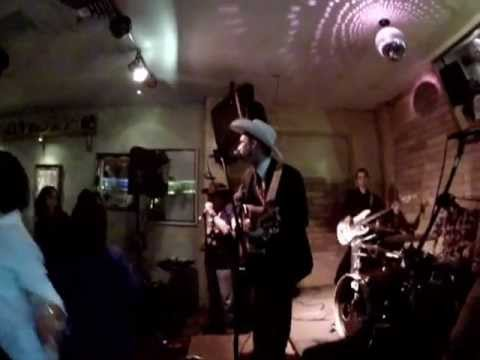SANTA FE, NEW MEXICO USA, OUTRAGEOUSLY GOOD LOCAL ROCK MUSIC