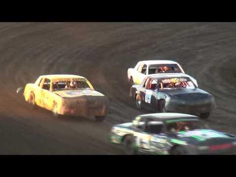 IMCA Hobby Stock Heats Independence Motor Speedway 8/20/16