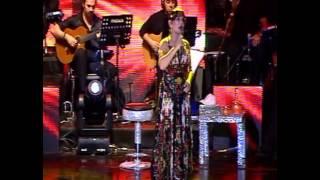 """Sezen Aksu - """"Susma"""" (Harbiye Açık Hava Tiyatrosu - Haziran 2007) Video"""