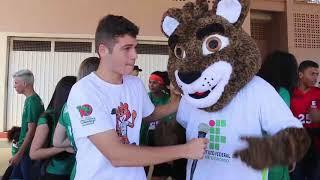 5º JIFMT: Mascote do Campus Primavera do Leste, IFera recepciona atletas e torcedores thumbnail