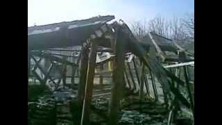 Старая теплица рухнула. 21.03.2013