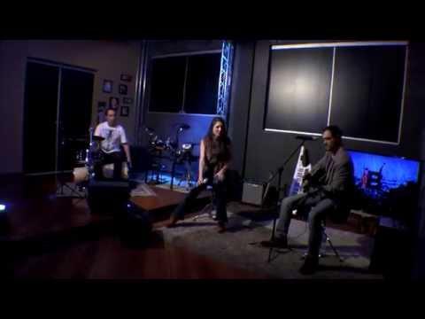 Lado B :: Lovefool The Cardigans - Malbec Trio