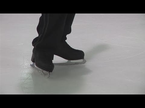 Learn How to Ice Skate in 10 Steps - LiveAbout