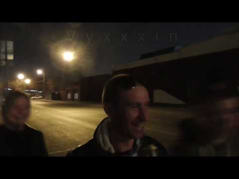 Москва влог на улице Ленинская слобода в районе станции метро автозаводская весной поздно ночью Vlog