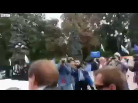 How to Deal With Corrupt Politicians -Ukrainian Citizens Style