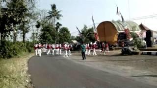 Marching Band Menyanyikan Lagu Kereta Malam Dalam Rangka HUT RI ke 69