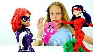 Леди Баг против Леди ВайФай. Играем в куклы