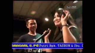 Video SAMBALADO -  DIAN (Semesta Musik Pemalang 22 Agustus 2016) download MP3, 3GP, MP4, WEBM, AVI, FLV Agustus 2017